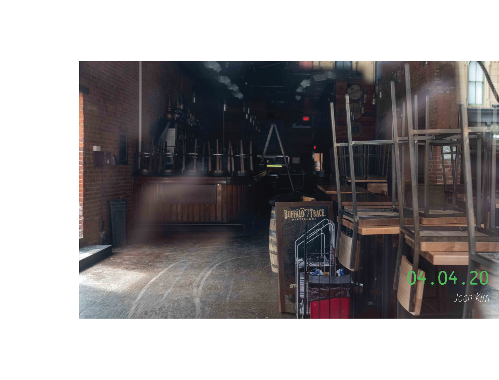 An empty bar. 04.04.2020, by Joon Kim